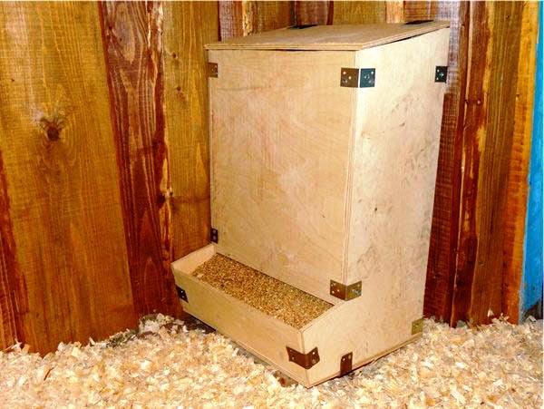 Конструкция для кормления бункерного типа