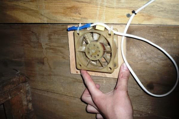 Как сделать вентиляцию в курятнике своими 242