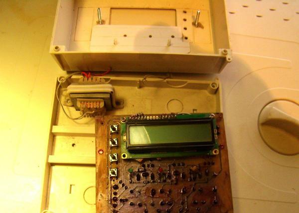 Самодельный микроконтроллерный терморегулятора с ЖКИ